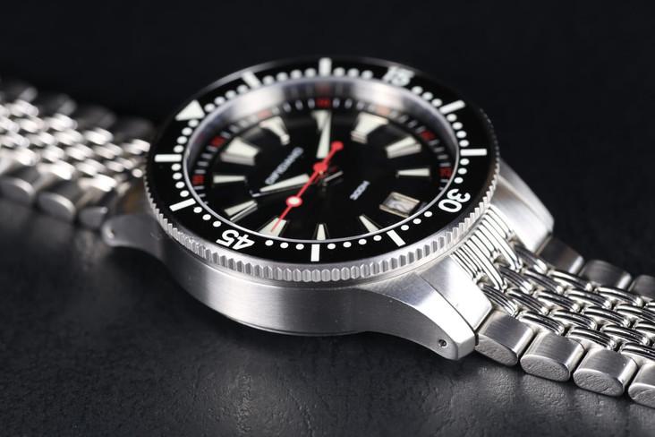 Marlin enamel black dial matt black ring