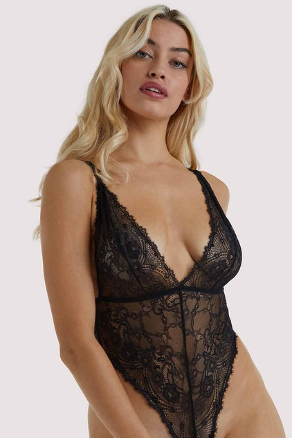 Wolf & Whistle Lingerie Ecomm