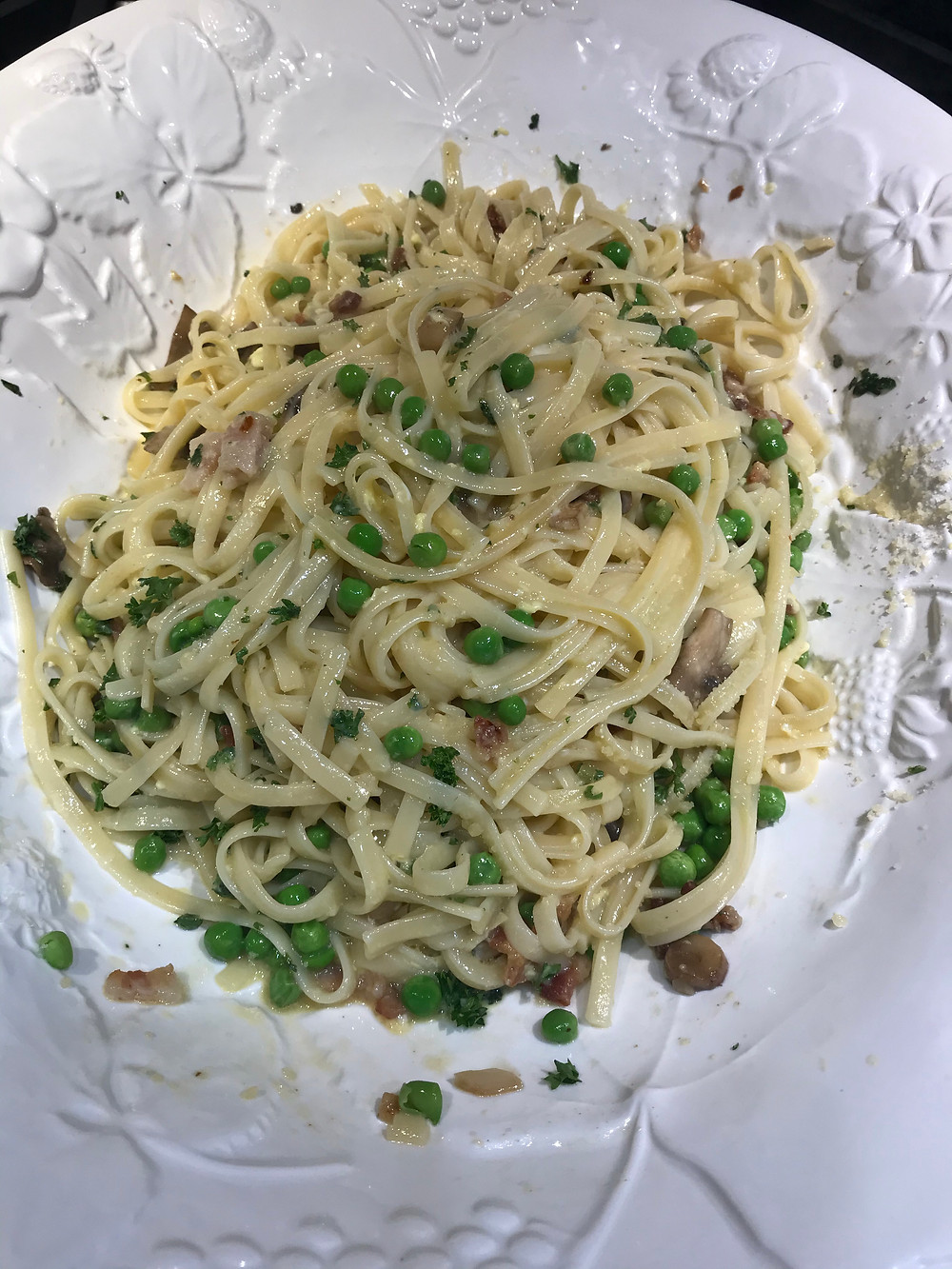 6) Linguini Carbonara!