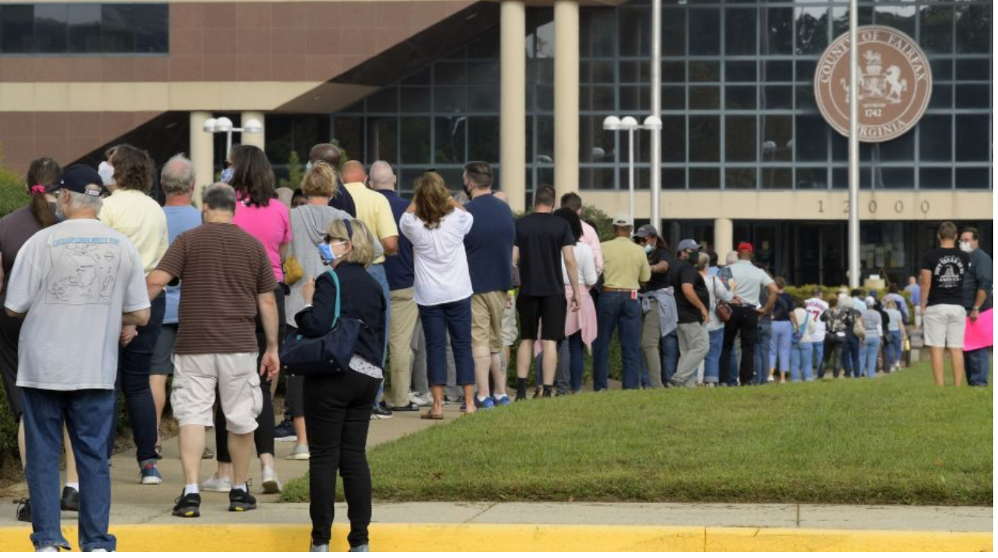 Long lines on September 18, the first day of early voting, at Fairfax County, Va. Government Center