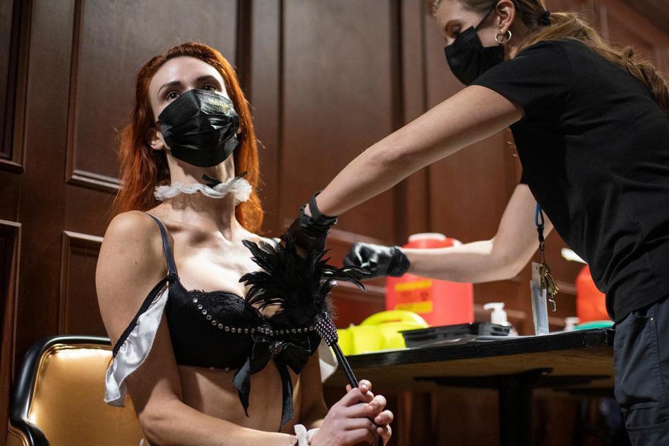 Stripper getting a Covid vaccine