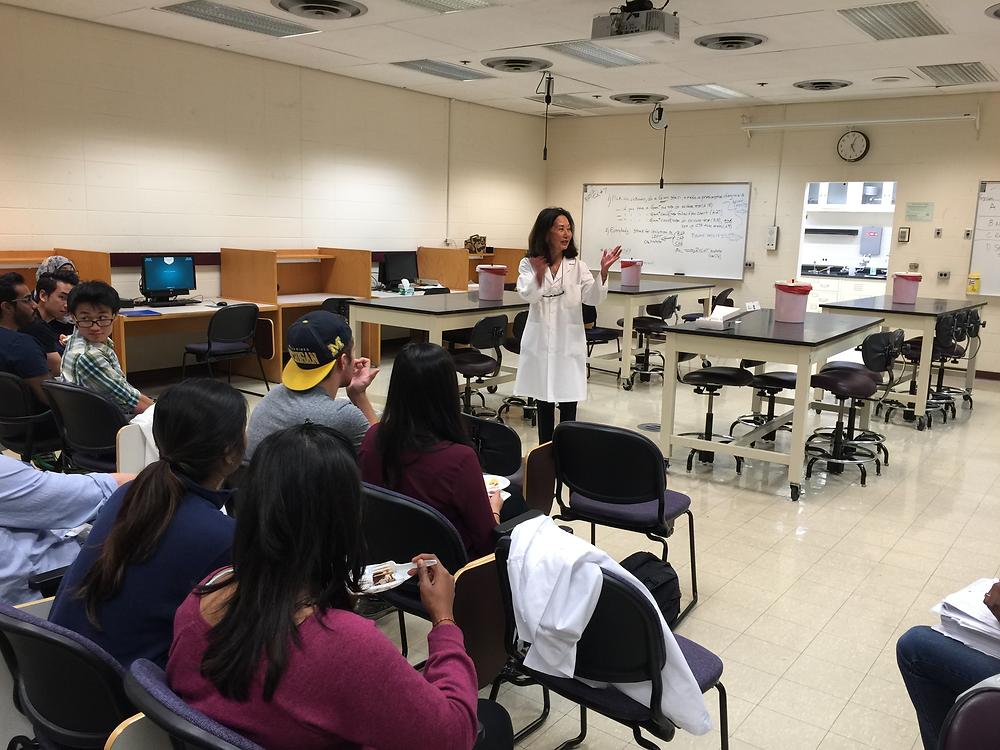 Dr. Fayth Yoshimura teaching a microbiology lab in 2015 at Wayne State University Medical School
