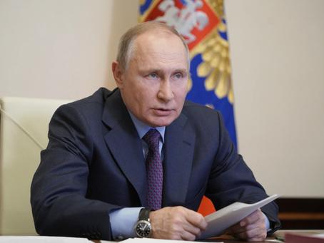 Biden Tells Putin He Must Return His Oval Office Keys