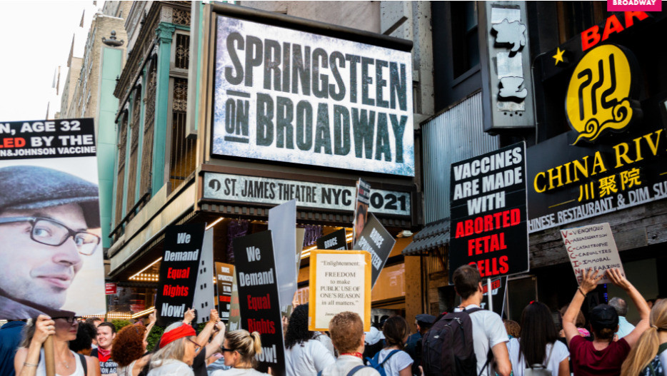 Anti-vaxxers protested in June in NYC that vaccines were required for the reopened Bruce Springsteen show