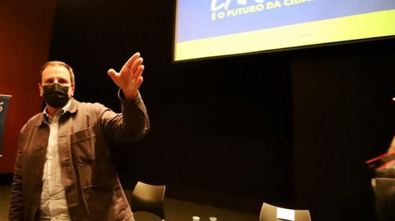 Foi no Rio, mas bem que poderia ser por aqui.  Prefeitura lança Programa Geração Transformadora