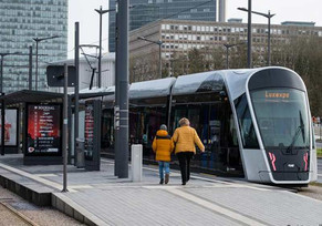 1º país que dá transporte público gratuito para melhorar trânsito