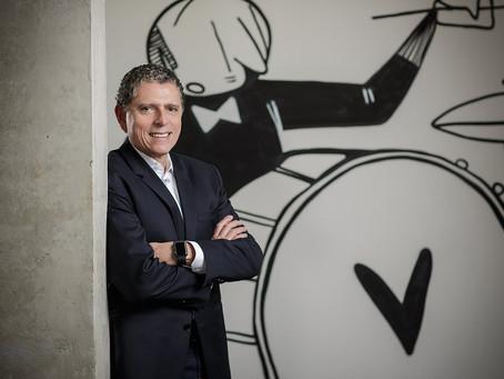 VIP Line com Laércio Cosentino, fundador e CEO da TOTVS, sobre a jornada de transformação digital