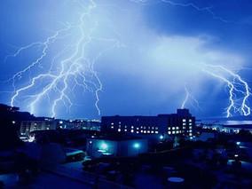 Inspeção dos para-raios: Entenda a importância desse equipamento para o prédio e para a segurança do