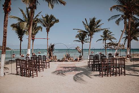 Blue-Venado-Beach Wedding-by-Arlenis-Wed