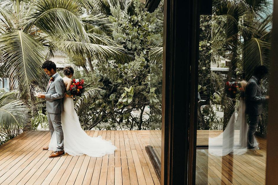 Intimate-Sanara-Tulum-Beach-Wedding-Arle