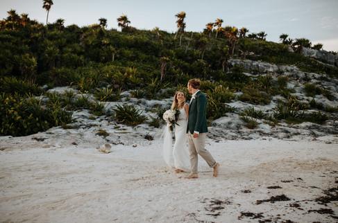 Tulum-Boho_Beach_Wedding-Arlenis-Ruiz-Weddings-022.JPG