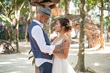 Rustic-Casa-Jaguar-Tulum-Wedding-Arlenis-Ruiz-Weddings-010.JPG