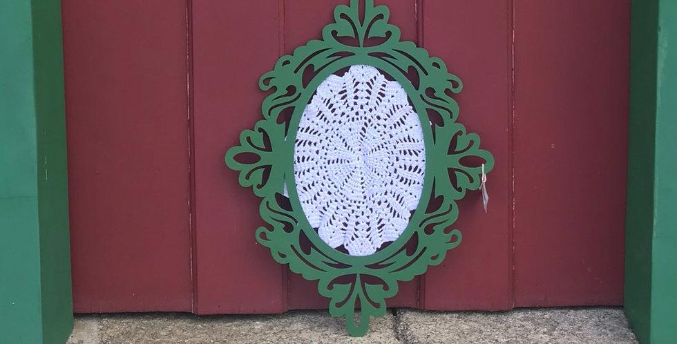 Mandala de crochê verde escuro