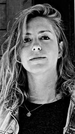 SOPHIE B JACQUES   cinéaste   CHALOUPE,  SUR LES TRACES DE PATRICK, JALON & LE TROU-NORMAND