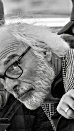 PIERRE HOULE   réalisateur   PRESQU'ADULTE,  AMARETTO SOUR, UN PETIT BIJOUX, LE BOUQUET, LE PRIX DE LA COLÈRE, ENTRE LES DEUX