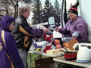 Swappers have been buying, selling near Annandale since 1970
