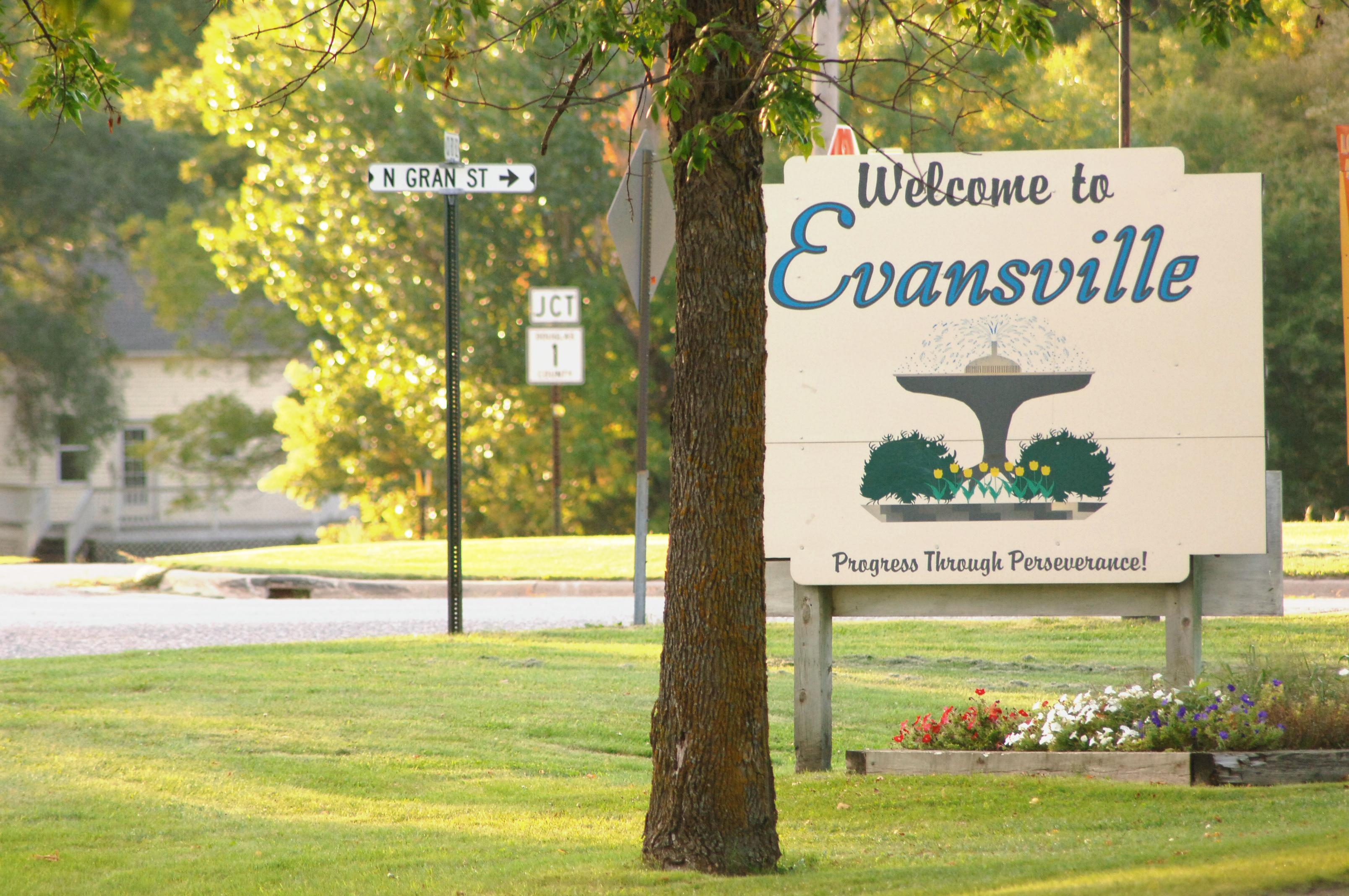 EvansvilleWelcomeToGranStreet