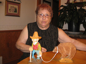 Artist makes transition from painting to carving