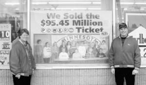 Lottery-Dahlin's-with-sign
