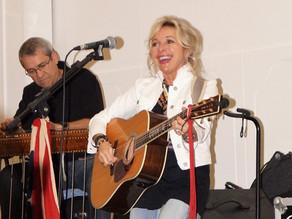 Music helps  heal hearts