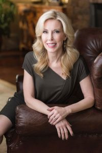 Kim Campbell will talk about how life changed after her husband, country music legend, Glen Campbell, was diagnosed with Alzheimer's disease in 2011.
