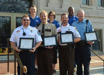 Local Chamber of Commerce Recognizes the Glenwood Police Department as member of the month.