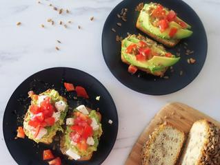 5 maneras de incorporar el aguacate en tus desayunos