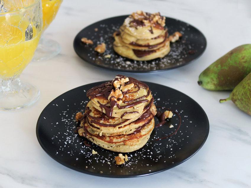 IMG_4570 pancakes de pera .jpg