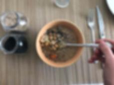 Espaguetis de calabacín con salsa de tomate casera