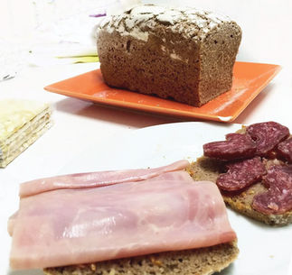 La carne procesada puede ser menos peligrosa si la acompañas con hortalizas