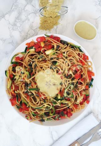 Espaguetis con queso vegano | Levadura nutricional