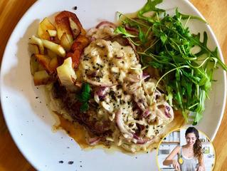 Bistec al gorgonzola con patatas y ensalada | LemonsCHEF