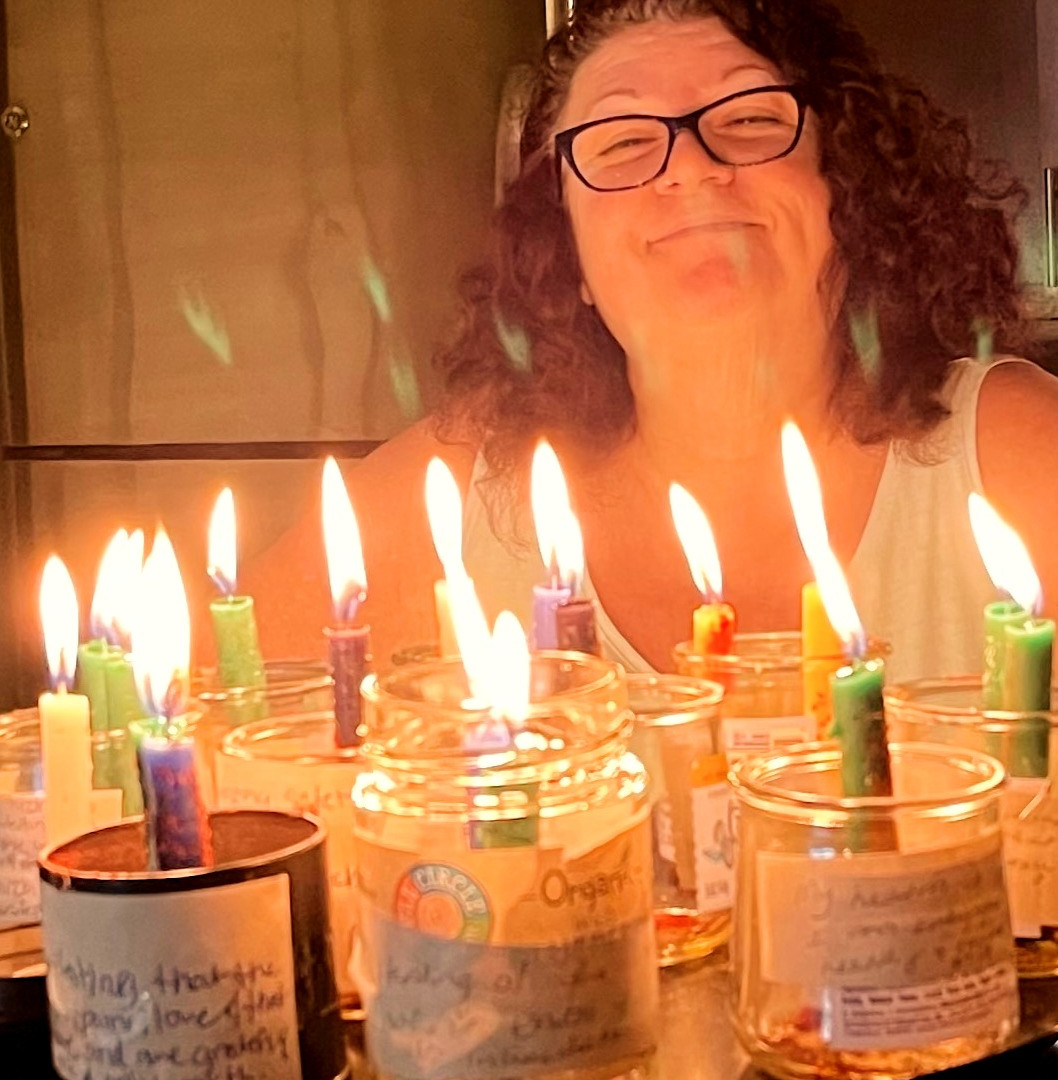 Me%20with%20candleworkings_edited.jpg