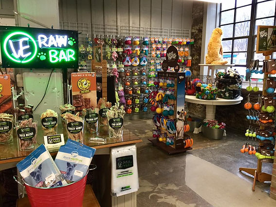 Raw bar in store
