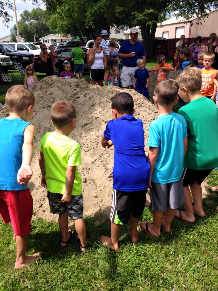Sandpile Mystery Hunt