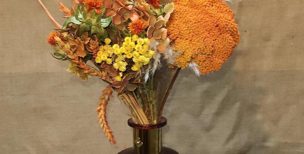 Bouquet calcite