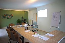 Anthentiek coaches en psychologen Anthentiek's Vergaderruimte van Anthentiek in Hasselt. Meetings en trainingen.