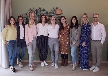De erkende psychologen en loopbaanbegeleiders van groepspraktijk Anthentiek in centrum Hasselt. Ze helpen je graag verder met therapie en loopbaanbegeleiding.
