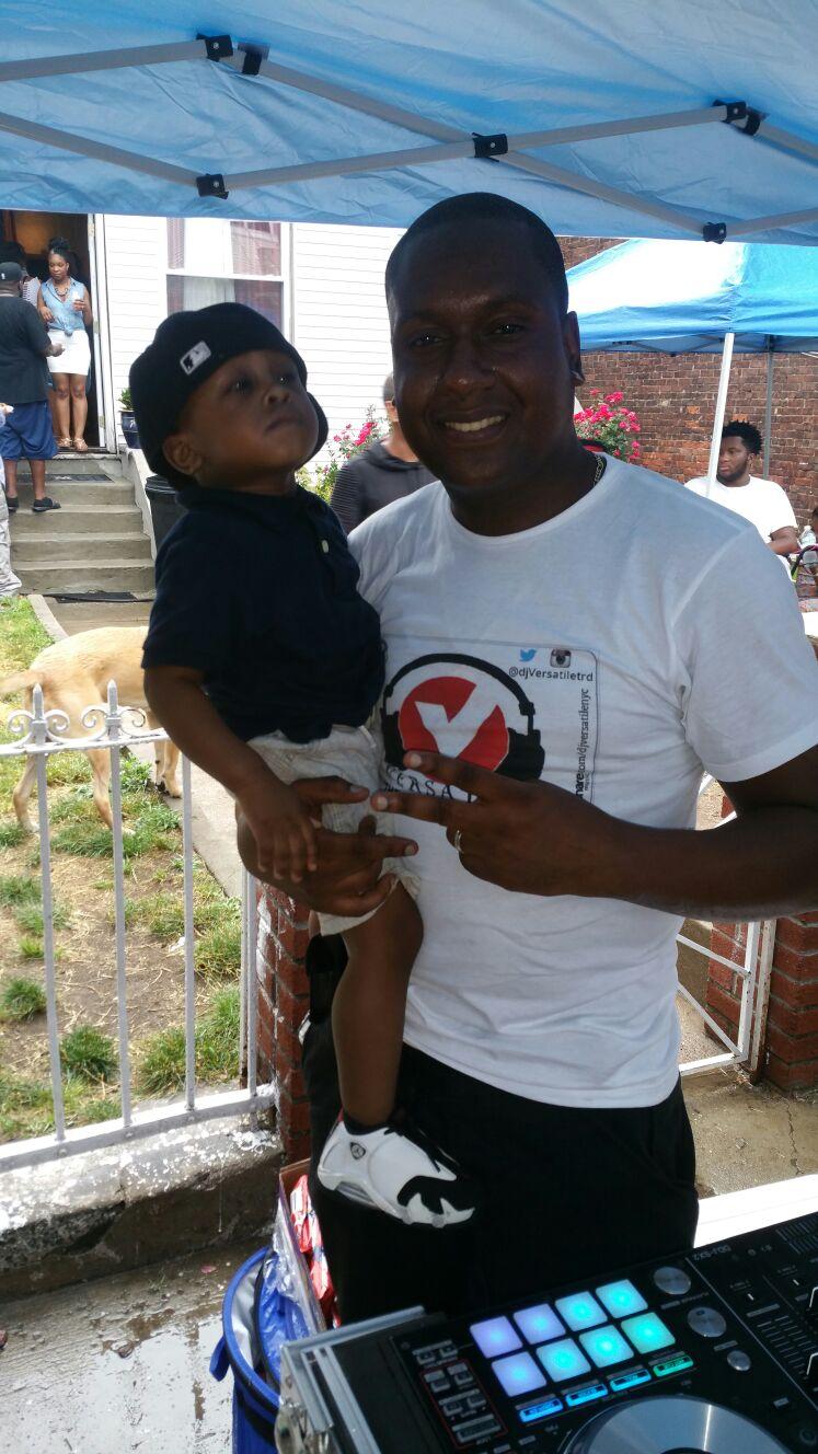 Dj Versatile and son