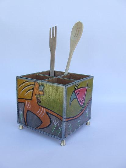 Cutlery holder Pose