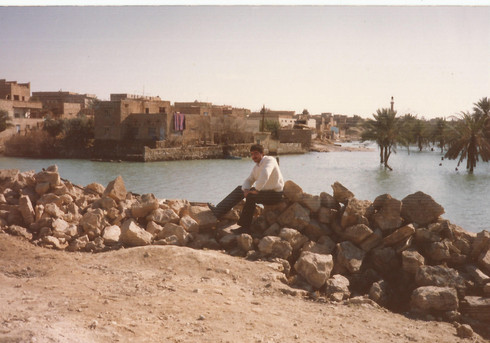 My father went on a road trip with his friends yet again to the Anah area - in this photo you can see Rawa as the water is rising due to the start of filling the Haditha damm.     Rawa, 1989