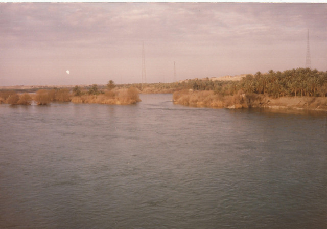 My father went on a road trip with his friends yet again to the Anah area - in these photos you can see the Anah Islands.  Anah, 1989