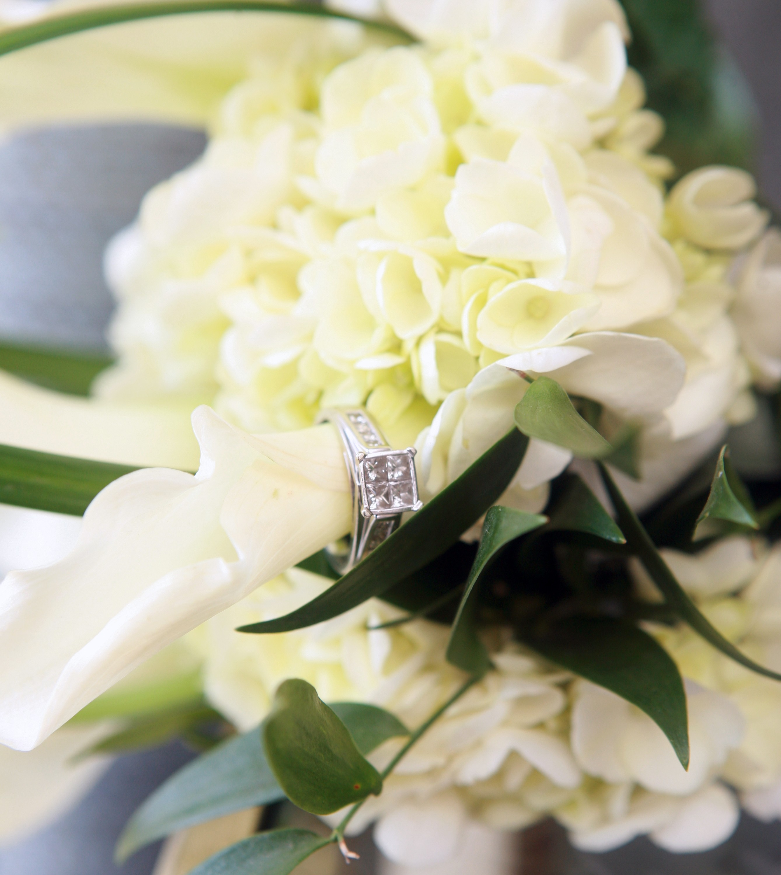 White Wedding Flowers Style Couture