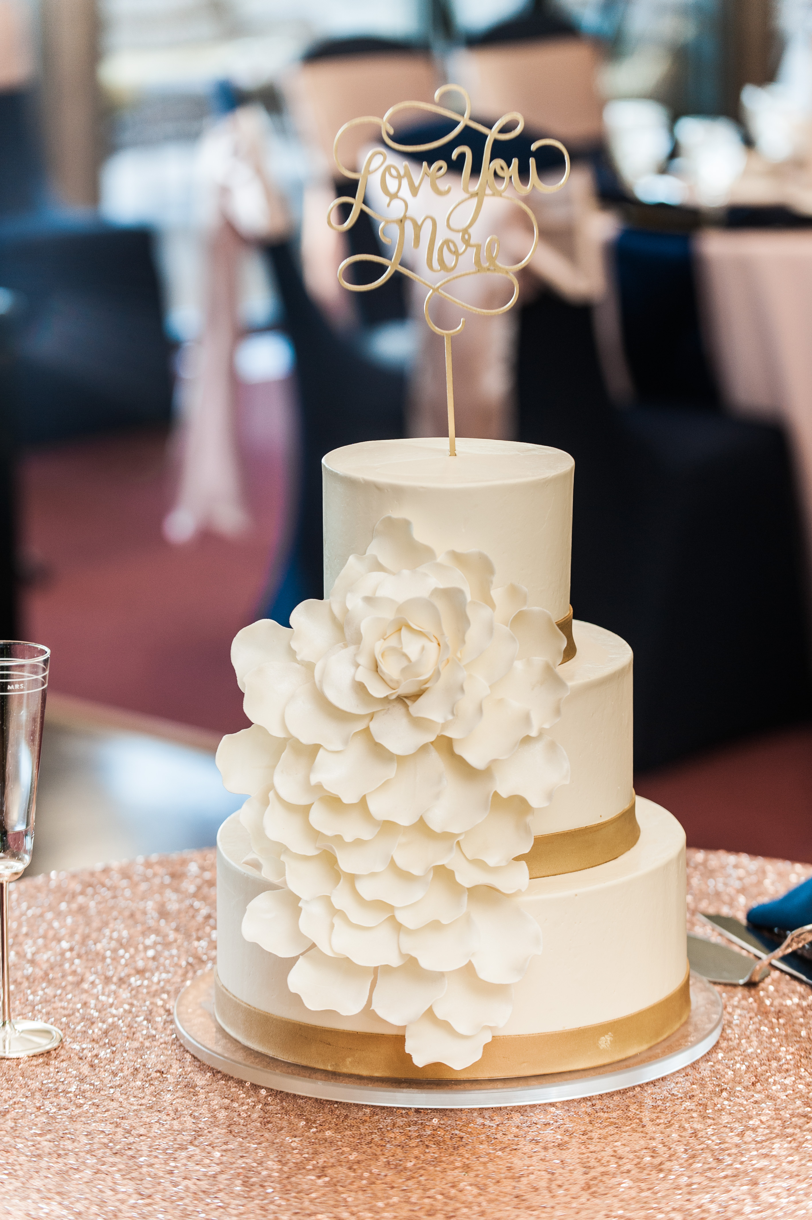 Couture White Cake Style Couture