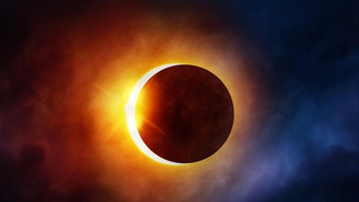 Ver un eclipse solar sin protección adecuada puede causar daños severos en tu salud visual
