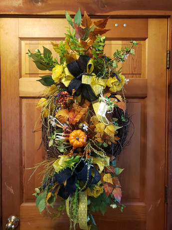 2019 Wreath Fall 5.jpg