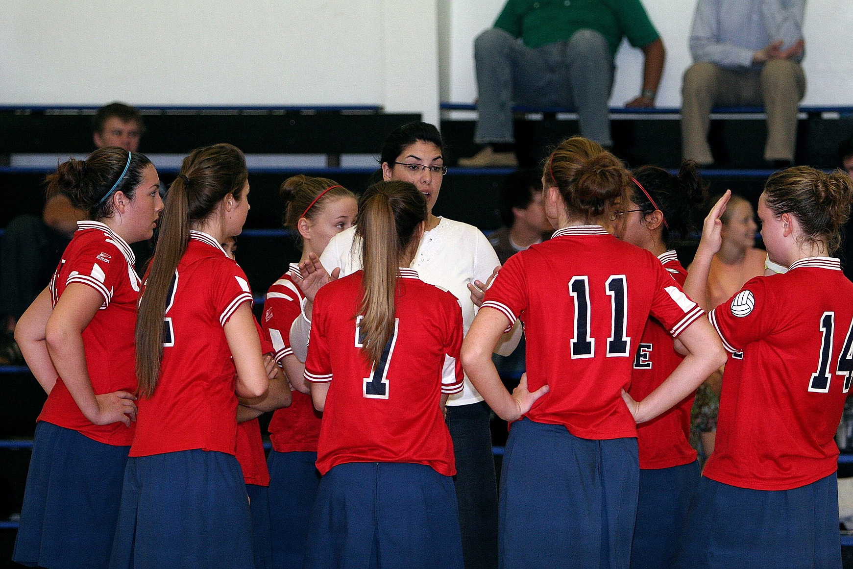 volleyball-team-1586522_1920.jpg