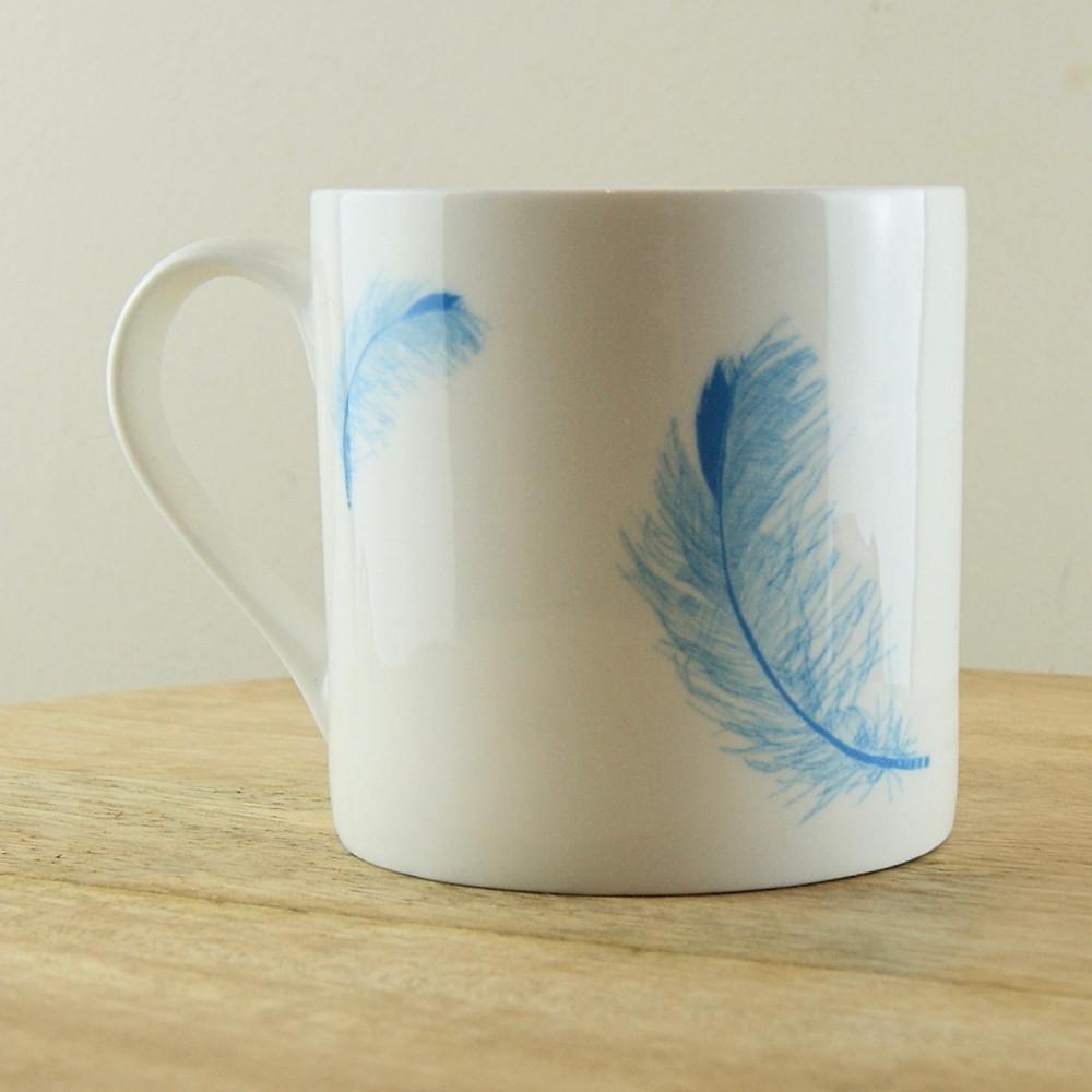 La Juniper - Blue Feather Mug