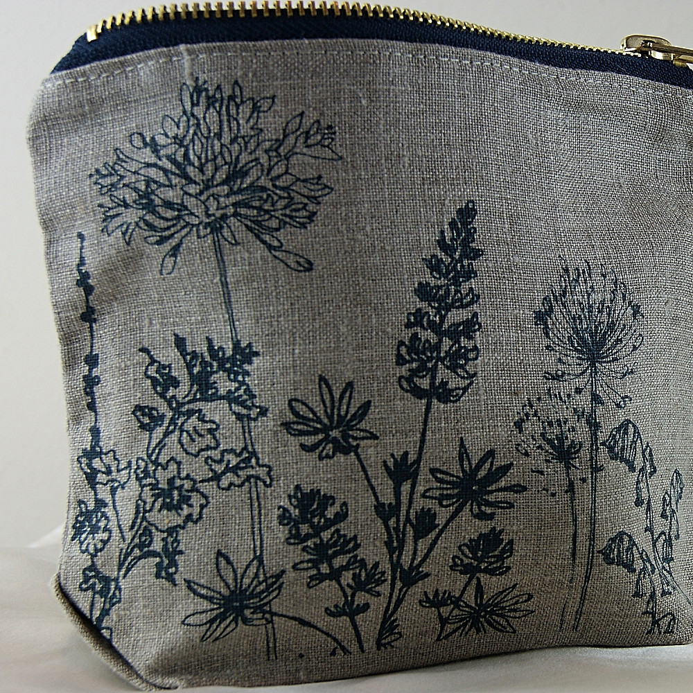 La Juniper - Line Make-up Bag