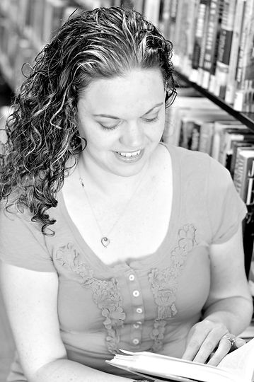 Heidi.library.4bw.jpg